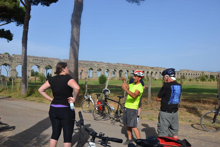 Countryside Bike Tour - Rome