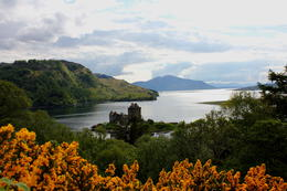 Photo of Edinburgh 3-Day Isle of Skye Small Group Tour from Edinburgh Eilean Donan