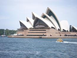 The Sydney Opera House taken during the lunch cruise on the Sydney in a Day tour., Graham R - December 2007