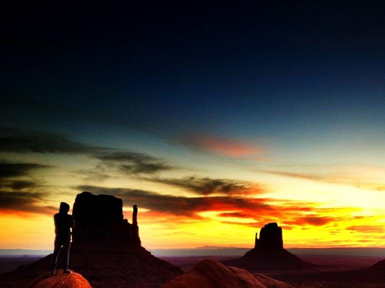 Monument Valley sunrises are beautiful - Las Vegas