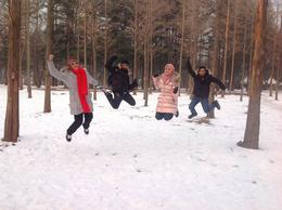 The four siblings attempt to defy gravity in Nami. , Samsiah A - January 2014