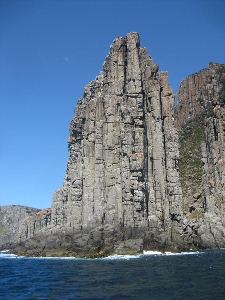 Huge cliffs - Hobart