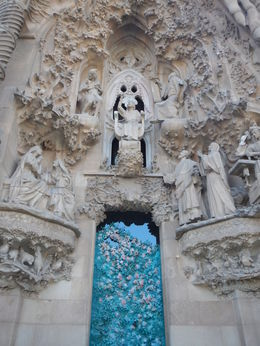 Passion Facade and Nativity Facades are incredible , Dave - June 2016