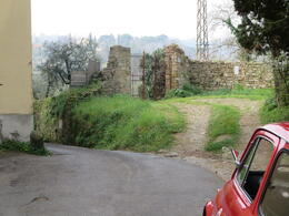 Photo of Florence Florence Vespa Tour: Tuscan Hills and Italian Cuisine Winding Tuscan Roads