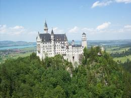 Photo of Munich Neuschwanstein Castle Small Group Day Tour from Munich Castillo de ensueño