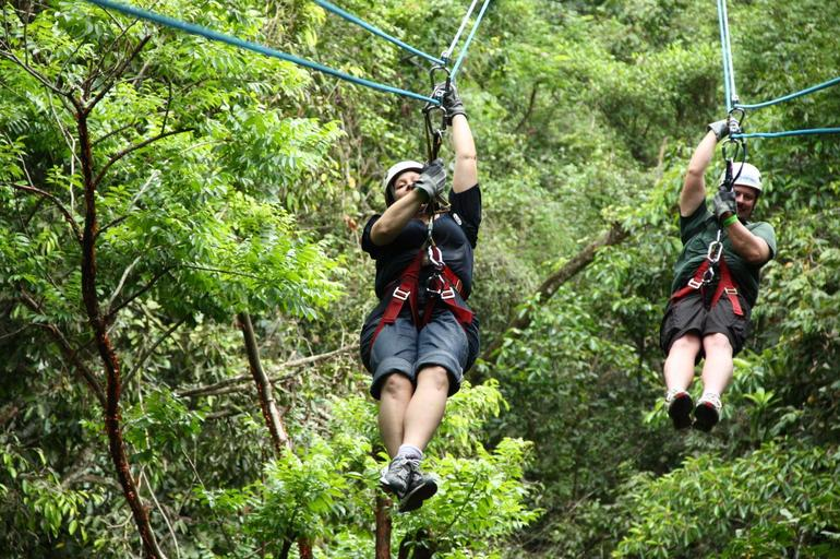 It's a zipline race! - Puerto Vallarta