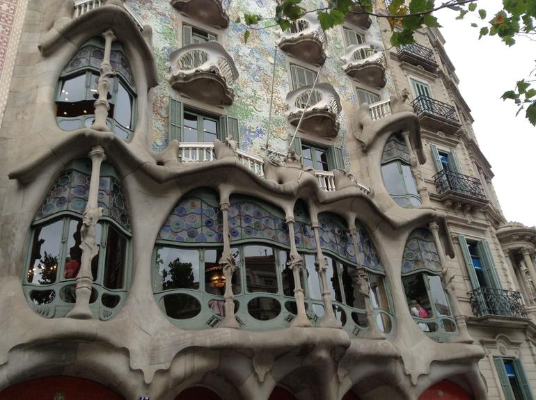 The Architecture in Barcelona is spectacular! - Barcelona
