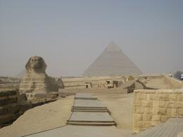 Photo of Cairo Private Tour: Giza Pyramids, Sphinx, Egyptian Museum, Khan el-Khalili Bazaar The Sphinx with The Great Pyramid