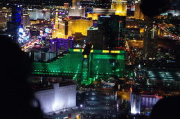 Photo of Las Vegas Deluxe Las Vegas Helicopter Night Flight with VIP Transportation Blick vom Hubschrauber...