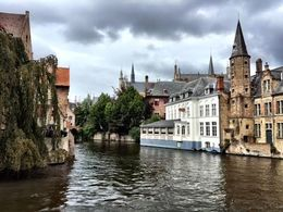 More beautiful scenery in Bruges , Lisa F - September 2015