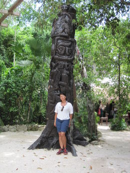 Mayan sculpture , Soraya N - July 2015
