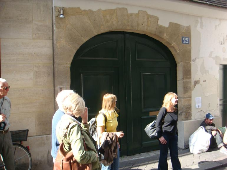 Tour Group - Paris
