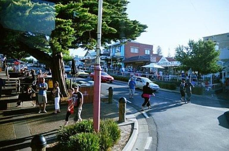 Town of Cowes - Melbourne