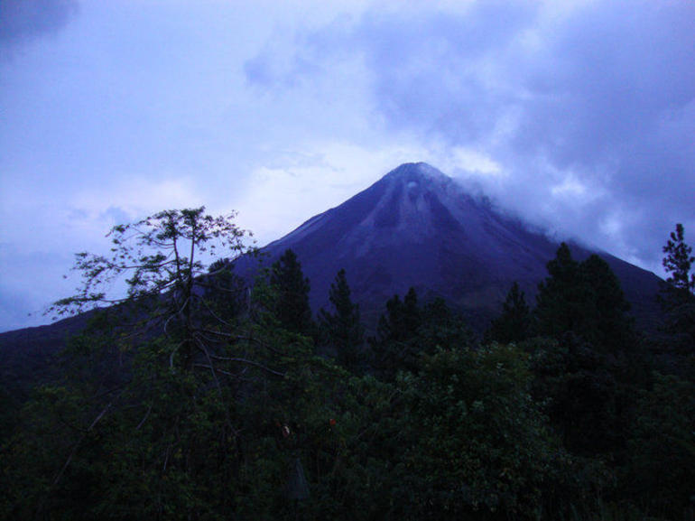Volcan Arenal - Arenal Volcano National Park