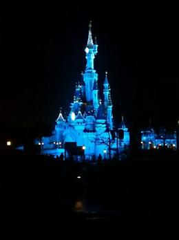 Photo of Paris Disneyland Paris Ticket: 1 Day 2 Park Castelo da Bela adormeciada.
