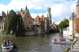 Bruges boat ride on the canal, Sherry S - September 2010