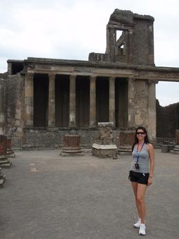 Pompeii has an amazing history!, Brooke P - July 2009