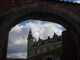 Hamlet Castle , Hang N - August 2012