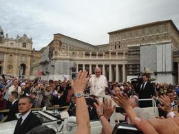 Photo of Rome Papal Audience Ticket at Vatican City Paven forbi andre gang
