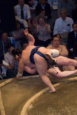 WINNER! A decisive victory to a worthy compeditor competing at Sunrise Sumo Wrestling Tour - Tokyo Tournament, Justin S - May 2008
