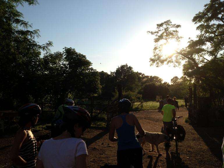 Cycling off into the sunset - Rome