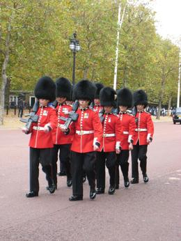 Photo of Paris London Day Trip from Paris by Eurostar Changing of the Guard
