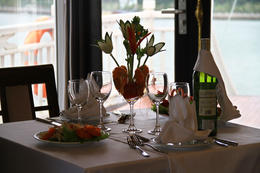Great food and drinks, with amazing views to boot!, brightyoungthing - April 2013