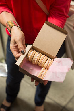 Strawberry buttercream French macarons, Viator Insider - June 2014