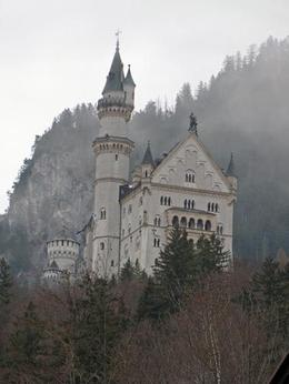 The castle as the fog rolled in., Ron - December 2009