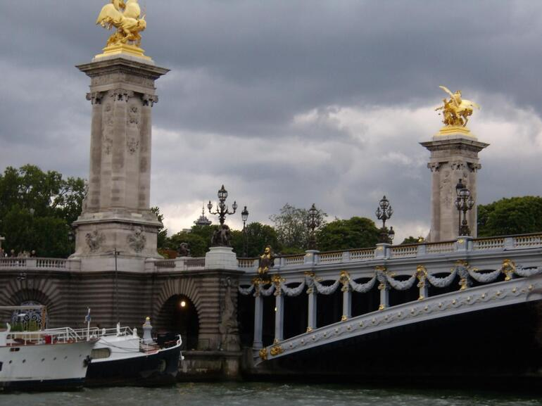 Cruise - Paris