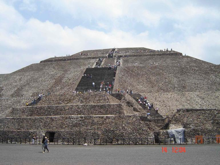 Piramide del Sol - Mexico City