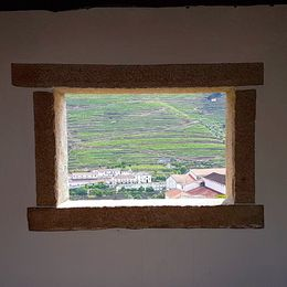a window to Douro Valley , VIKTOR F - June 2016