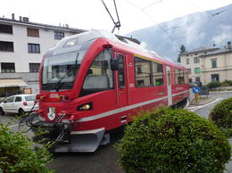 Photo of   dont miss the red train