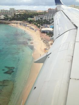 Photo of St Maarten Shared Arrival Transfer: St Maarten Airport to Hotel Flying into St Maarten