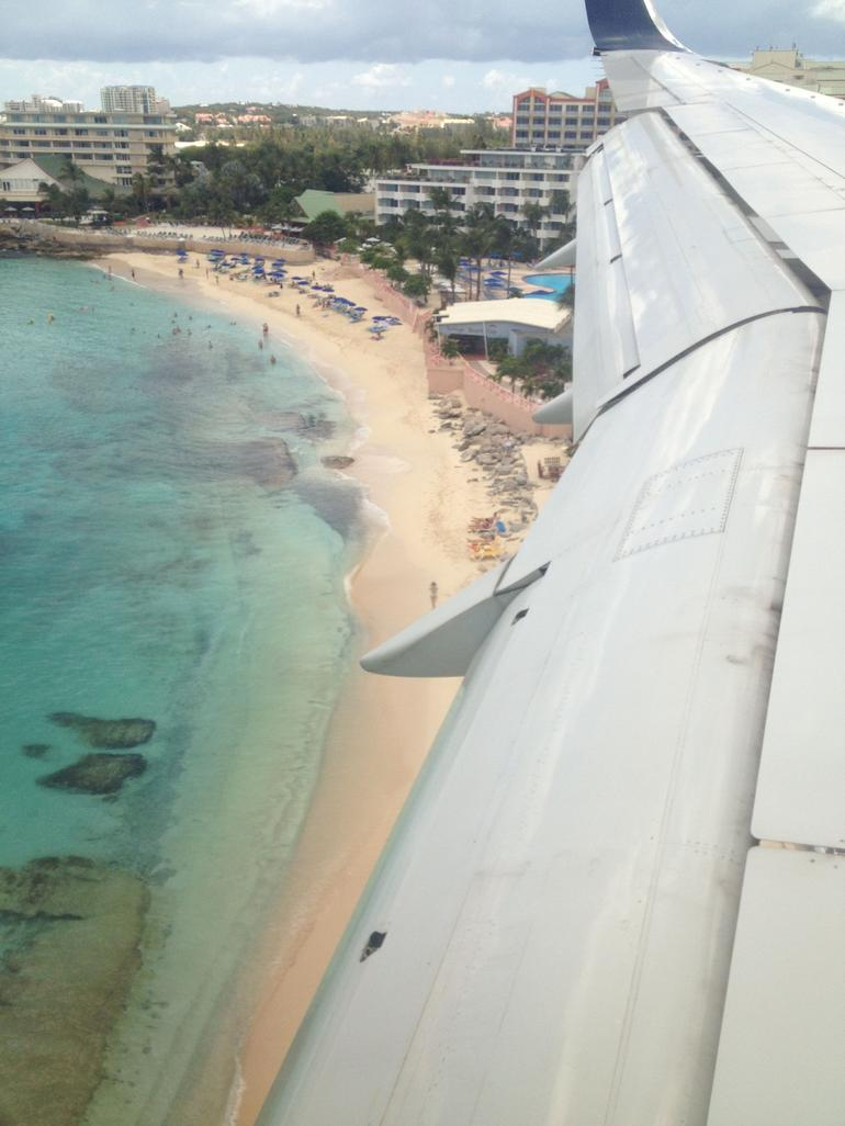 Flying into St Maarten - St Maarten