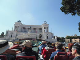 Photo of Rome Rome Hop-On Hop-Off Sightseeing Tour Liberdade