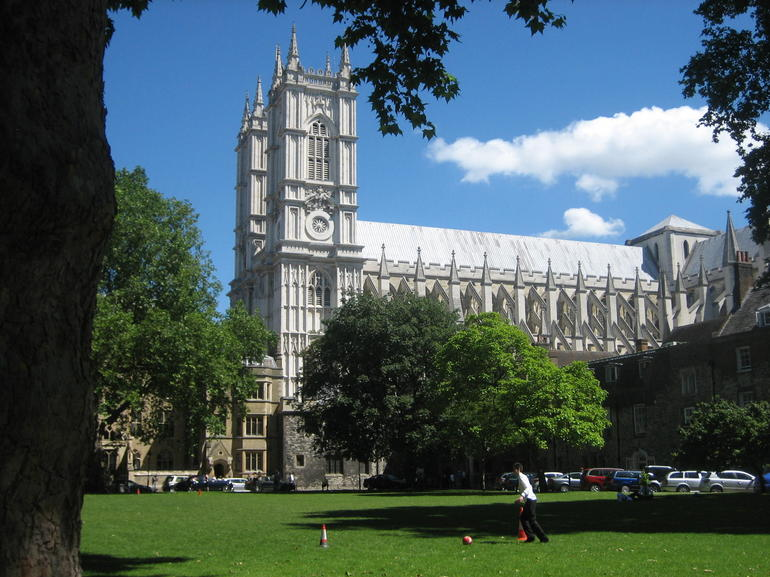 The abby as seen from Westminster school.