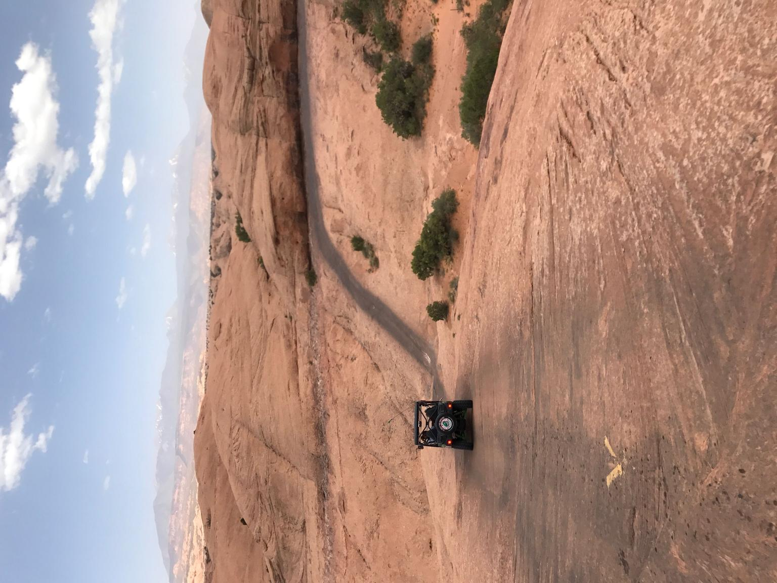 Hell's Revenge 4x4 Off-Roading Tour from Moab