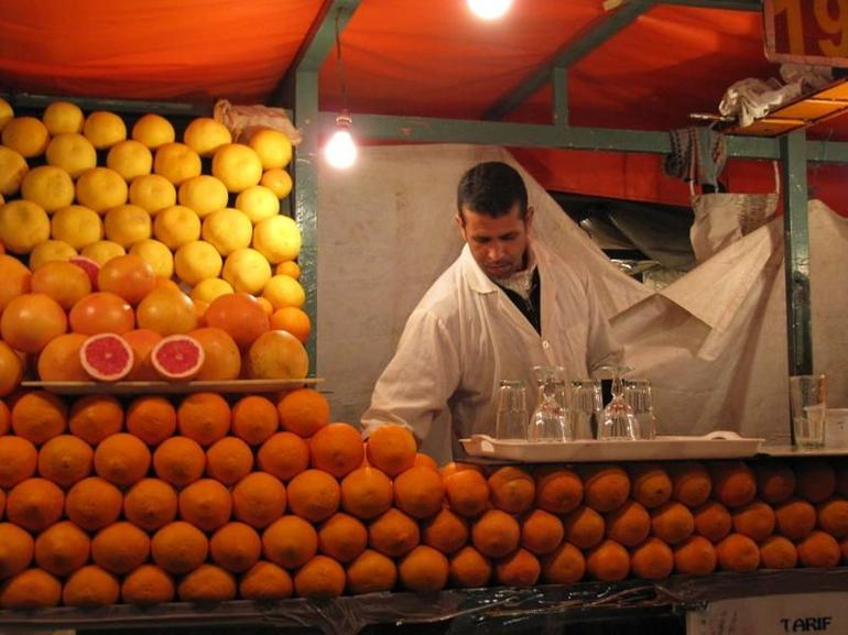 Orange juice stall, Djemaa el Fna - Marrakech