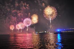 Photo of New York City New York 4th of July Evening Cruise Beautiful Fireworks on the Hudson
