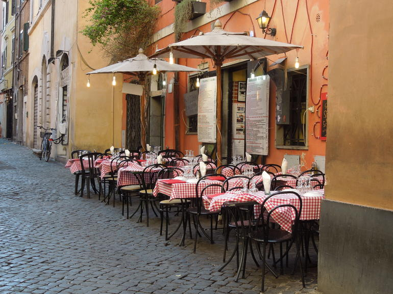 cobbled streets - Rome