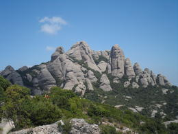 Photo of Barcelona Montserrat and Cava Trail Small Group Day Trip from Barcelona Dyrene i fjellet