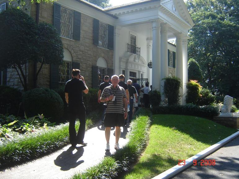 Outside Graceland - Memphis