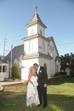 Photo of Las Vegas Las Vegas Wedding at A Special Memory Wedding Chapel After the ceromony - so relaxed.