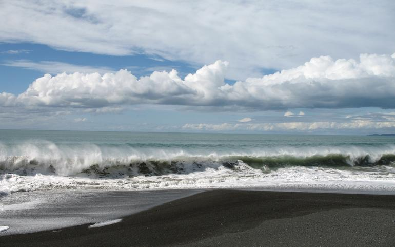 City beach in Napier 2 - New Zealand