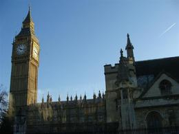 Photo of London London in One Day Sightseeing Tour London tower area