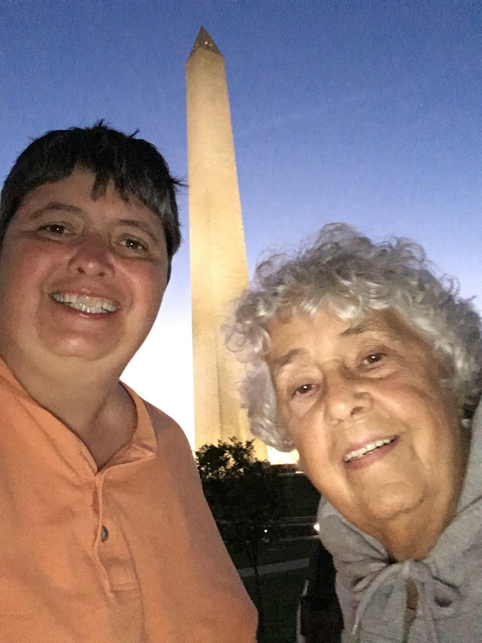 Washington DC Monuments by Moonlight Electric Cart Tour