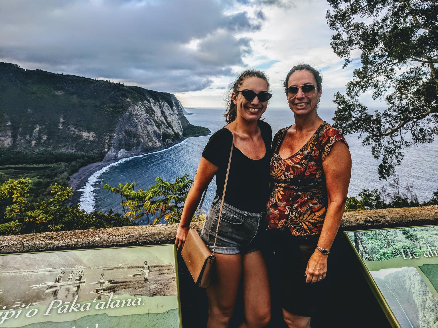 Small-Group Big Island in A Day: Volcanoes, Waterfalls, Sightseeing, History