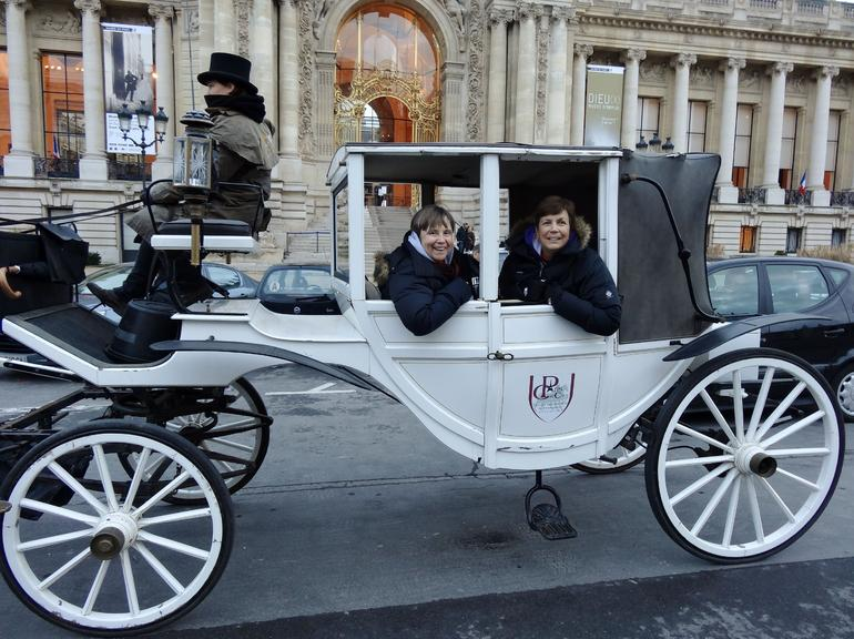 CARRIAGE RIDE THROUGH PARIS -