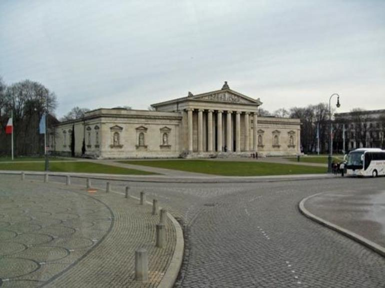 Museum Place - Munich